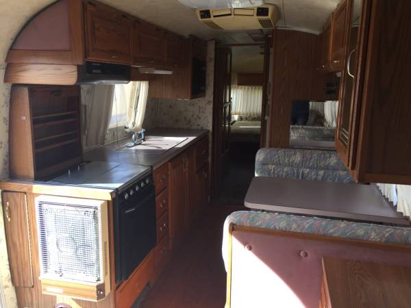 1989 Airstream Excella 1000 34ft Travel Trailer For Sale
