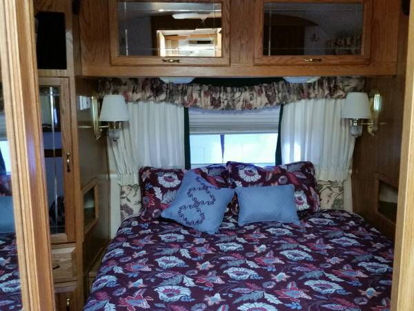 1998 Airstream 34FT Travel Trailer For Sale in Flagstaff, AZ