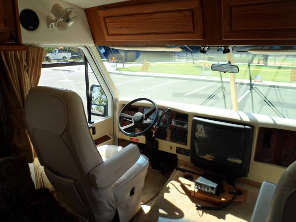 1997 Airstream Land Yacht 30FT Motorhome For Sale in El ...