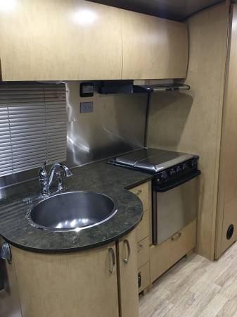 2014 Airstream Flying Cloud 25ft Travel Trailer For Sale