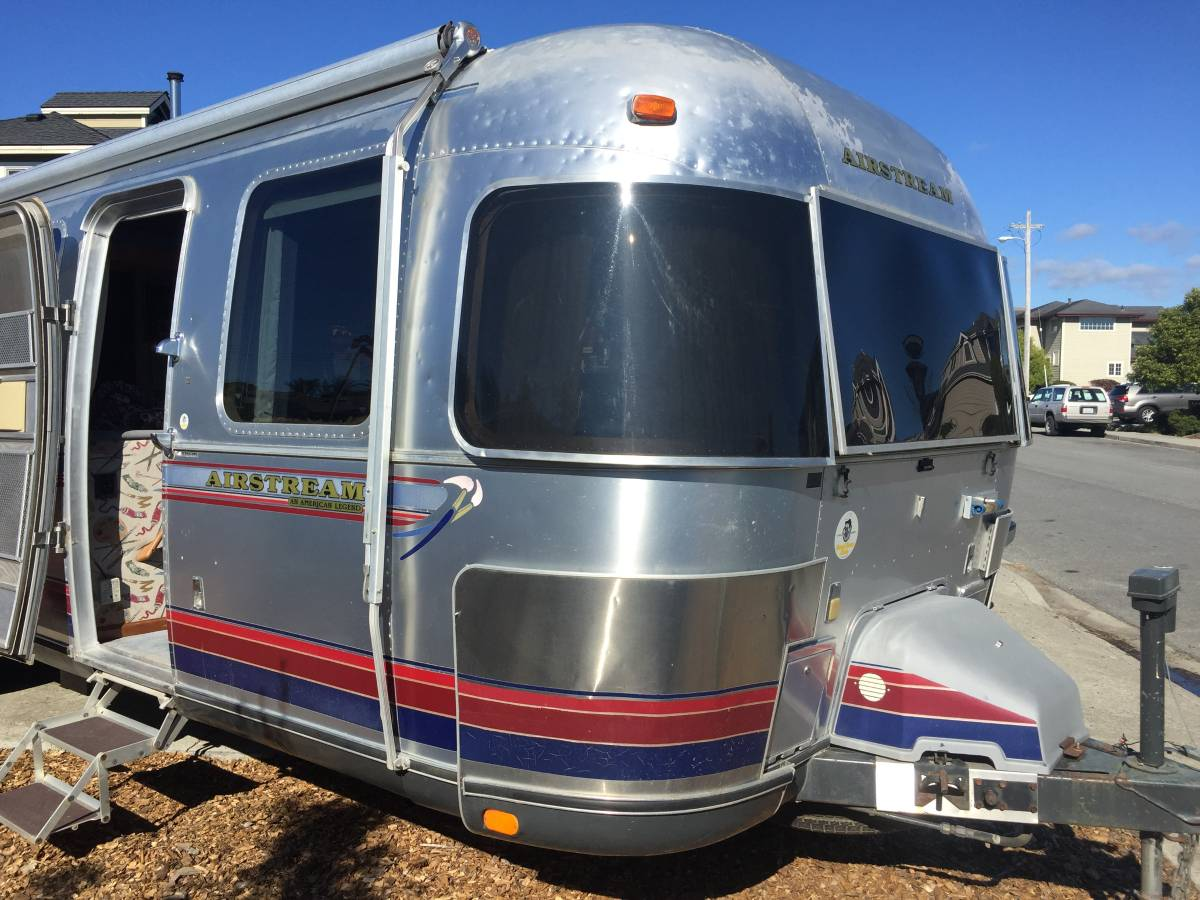 1997 Airstream American Legend 34ft Travel Trailer For
