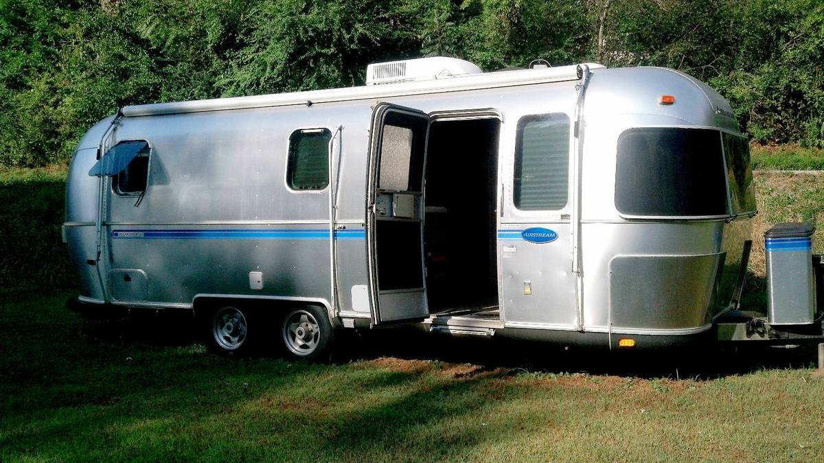2000 Airstream Excella 25FT Travel Trailer For Sale in ...