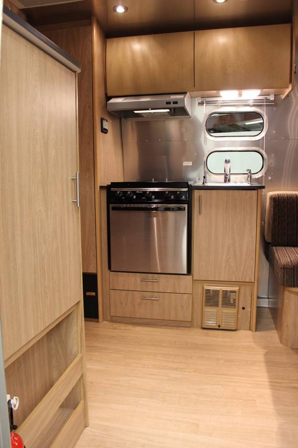 2006 Airstream Bambi SE 19FT Travel Trailer For Sale in ...