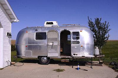 1971 Airstream Globetrotter 21FT Travel Trailer For Sale in