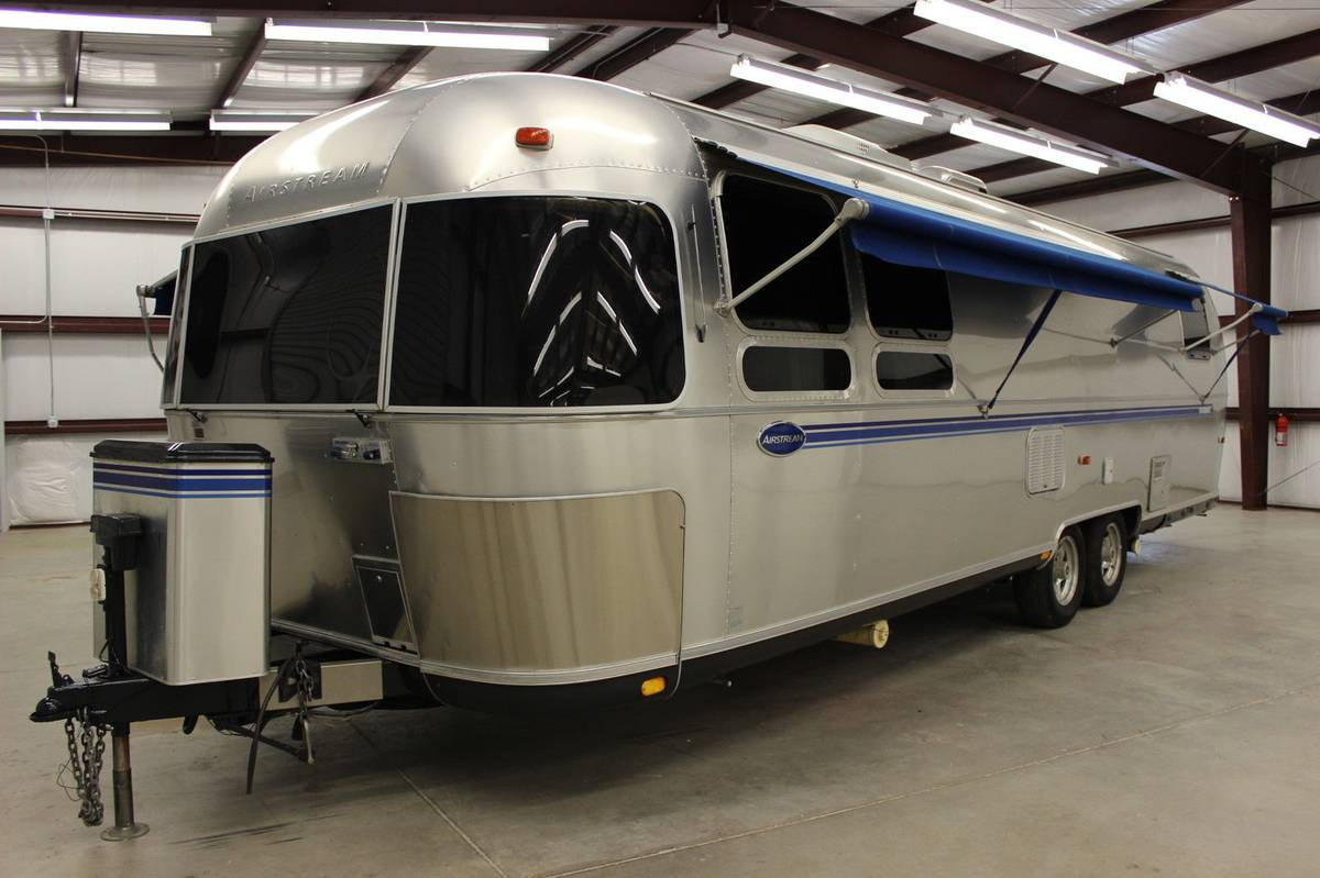 2000 Airstream Excella Travel Trailer For Sale in Kokomo, IN