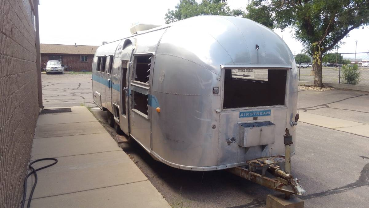 1960 Airstream Land Yacht 28FT Travel Trailer For Sale in ...
