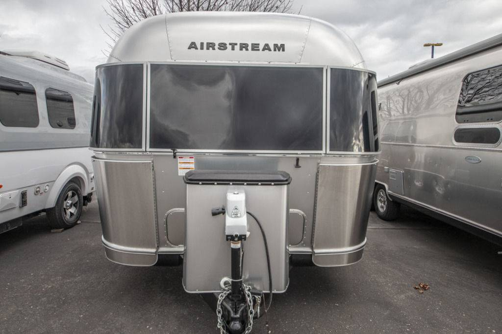 2017 Airstream Flying Cloud 28FT Travel Trailer For Sale ...