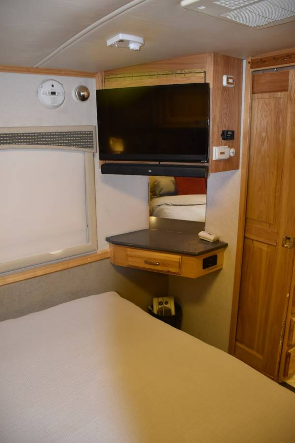 2005 Airstream 396XL Land Yacht 39FT Motorhome in Rio ...